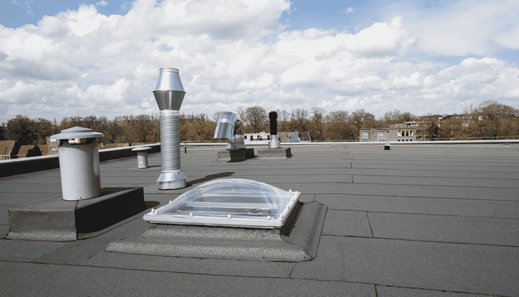 flat roofers and commercial flat roofs